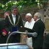 Recibe el Papa Premio Carlomagno por su aporte a la unidad europea