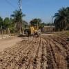 Rehabilitan caminos en la zona rural