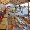 Regresó el Festival y Remate del Libro a la Plaza de El Pitillal