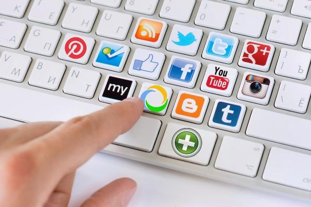 teclado-redes-sociales-com-health-p-1