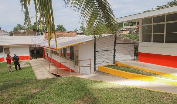 Recorrido nuevas instalaciones institutos