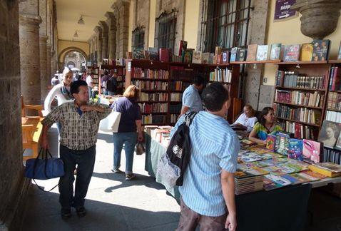 evento-desarrolla-torno-Palacio-Municipal_MILIMA20151107_0077_8